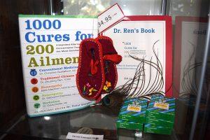 Book Dr. Zhuoling Ren